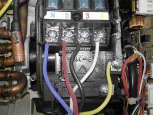 Подключение проводов к внутреннему блоку сплит-системы