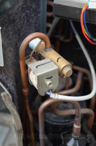 Клапан во внешнем блоке