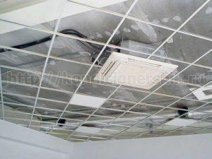Кассетный кондиционер за потолком